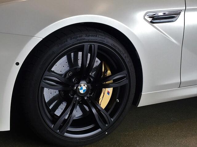BMWのブレーキディスクの画像です
