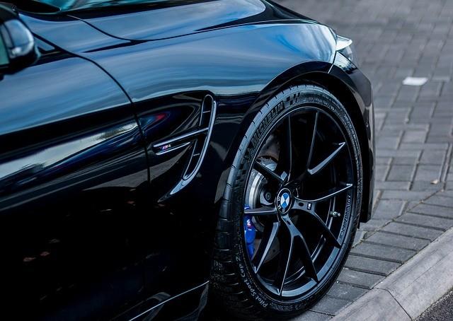 BMWの部品交換する工賃の出し方